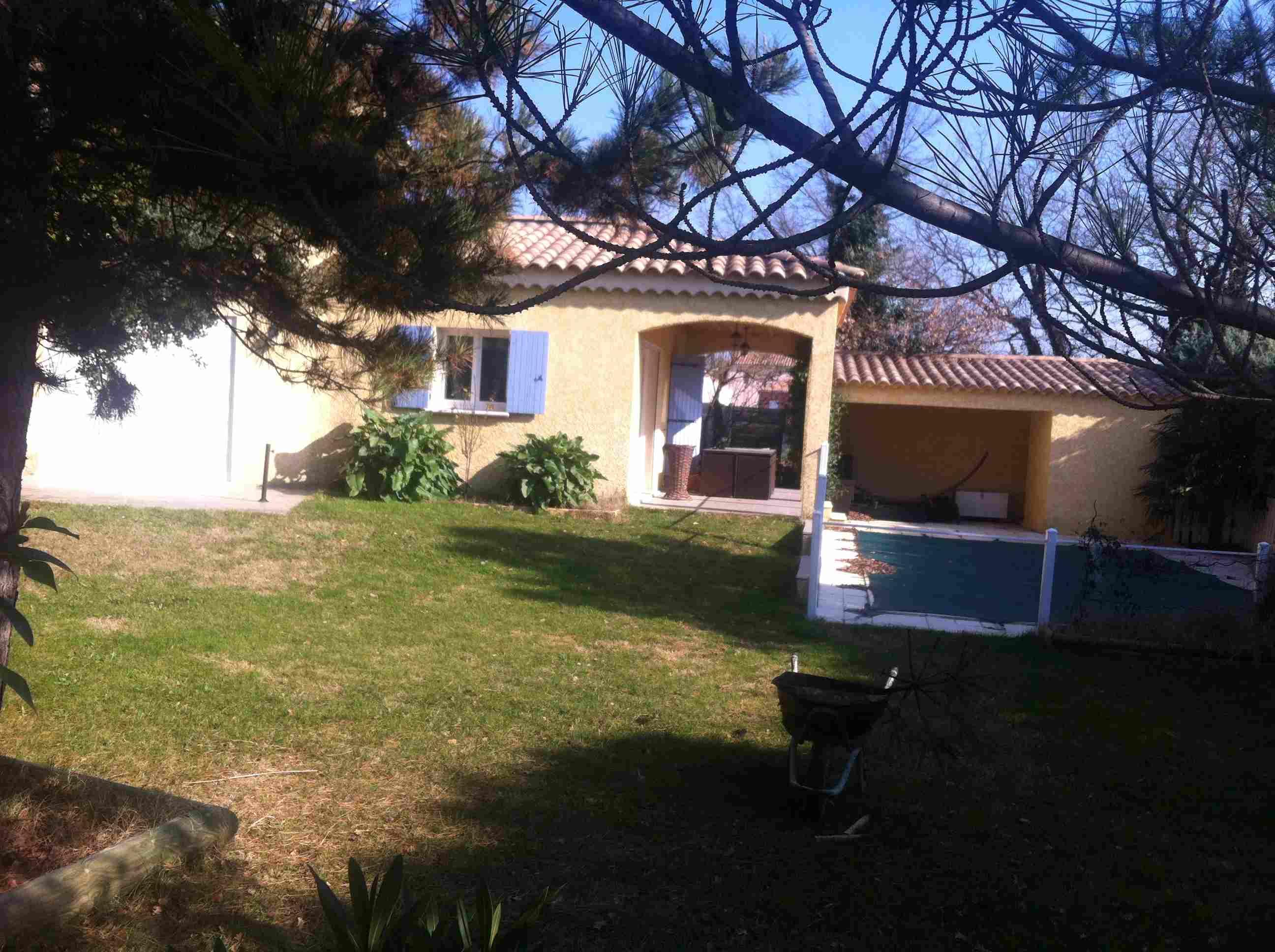 villa étage 130 m² + piscine 9 x 4 m