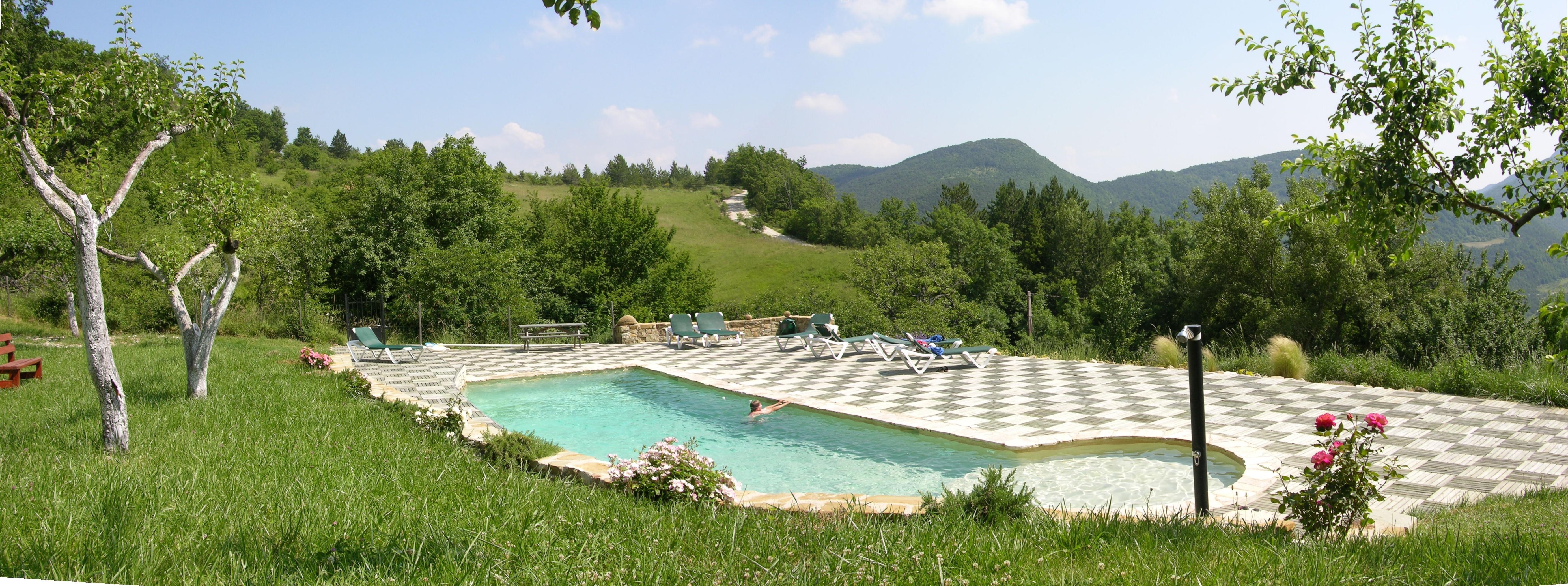 piscine 60 m² avec pataugoire enfants